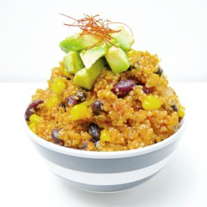 Mexikanische Quinoa Bowl mit Avocado-Topping